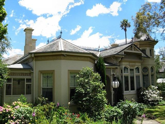 Uxbridge House By Dean-Melbourne 2.jpg