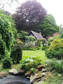 Edna Walling garden cottage31.jpg