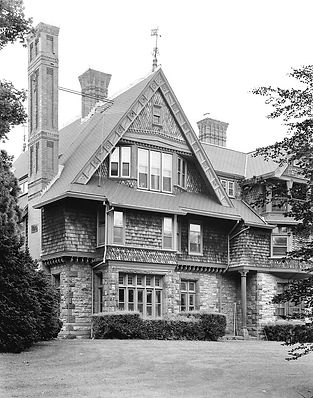 800px-William_Watts_Sherman_House_(Newpo