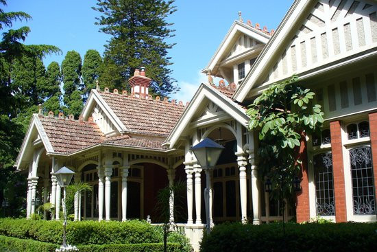 The Gables, 15 Finch St Malvern East, by Ussher and Kemp