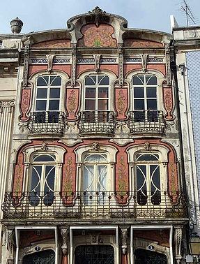 455px-Casa_Arte_Nova_Aveiro_by_Henrique_
