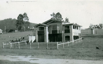 Ashgrove Queenslander style (c 1920 – c 1930)