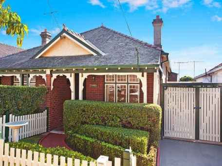 Semi-detached Federation house in Haberfield