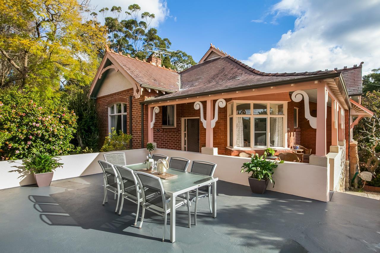 5 Bancroft Avenue Roseville NSW 2069