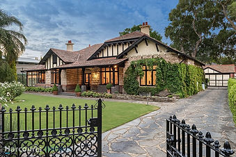 Adelaide Bungalow: The Meade, 66 Northgate Street, Unley Park SA