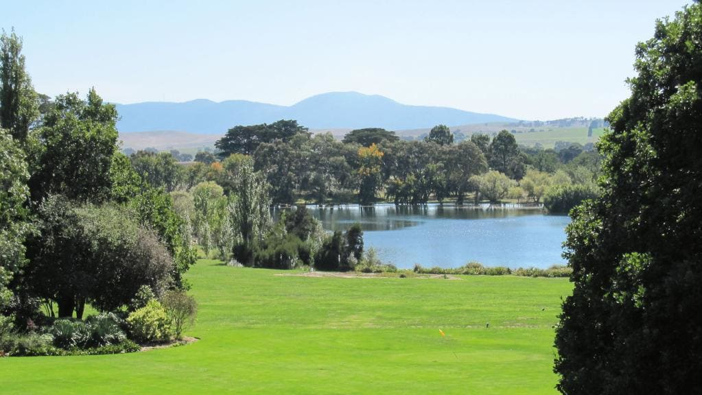 Mawallock Homestead lake 8a24d7b