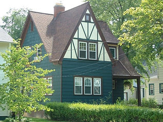 Cross Gable_1115-Williams-Street_LG.jpg