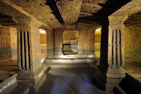 Il Tumulo degli Scudi e delle Sedie. Due tombe etrusche nella Necropoli della Banditaccia