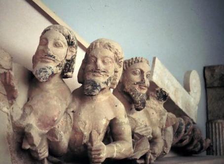 """Il tempio prima del Partenone. I frontoni con Eracle tra apoteosi, mostri marini e """"Barbablù"""""""