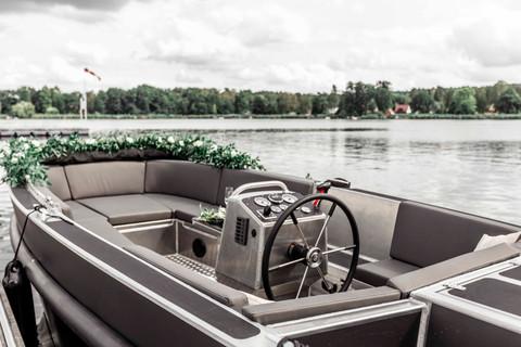 Hochzeitsboot 1.jpg