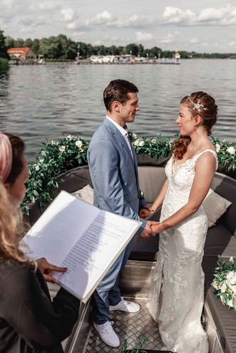 Hochzeitsboot 6.jpg