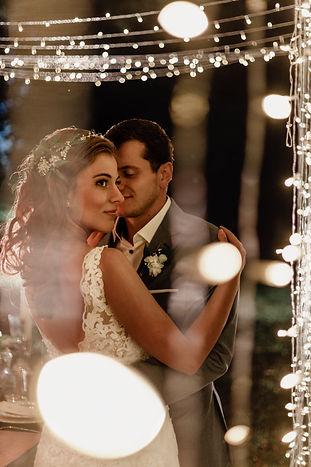 Lichtertunnel Hochzeit.jpg