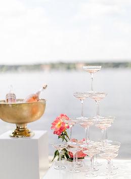 Champagnerturm Hochzeit.jpg
