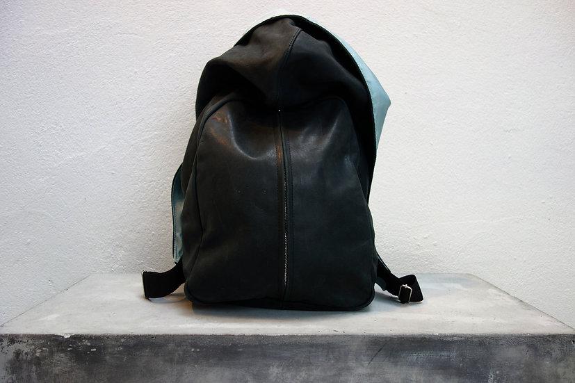 hoodie backpack *vegetable tanned leather*