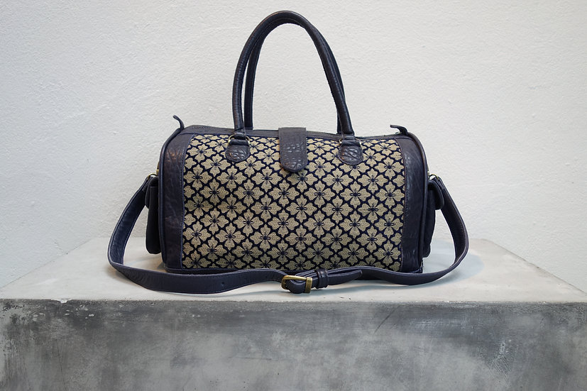 classicbag *reclaimed leather & fabric*