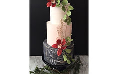 wedding cake, enchanted garden, sugar flowers, montreal cakes