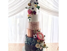 wedding cake, montreal cakes, fondant cake, sugar flowers