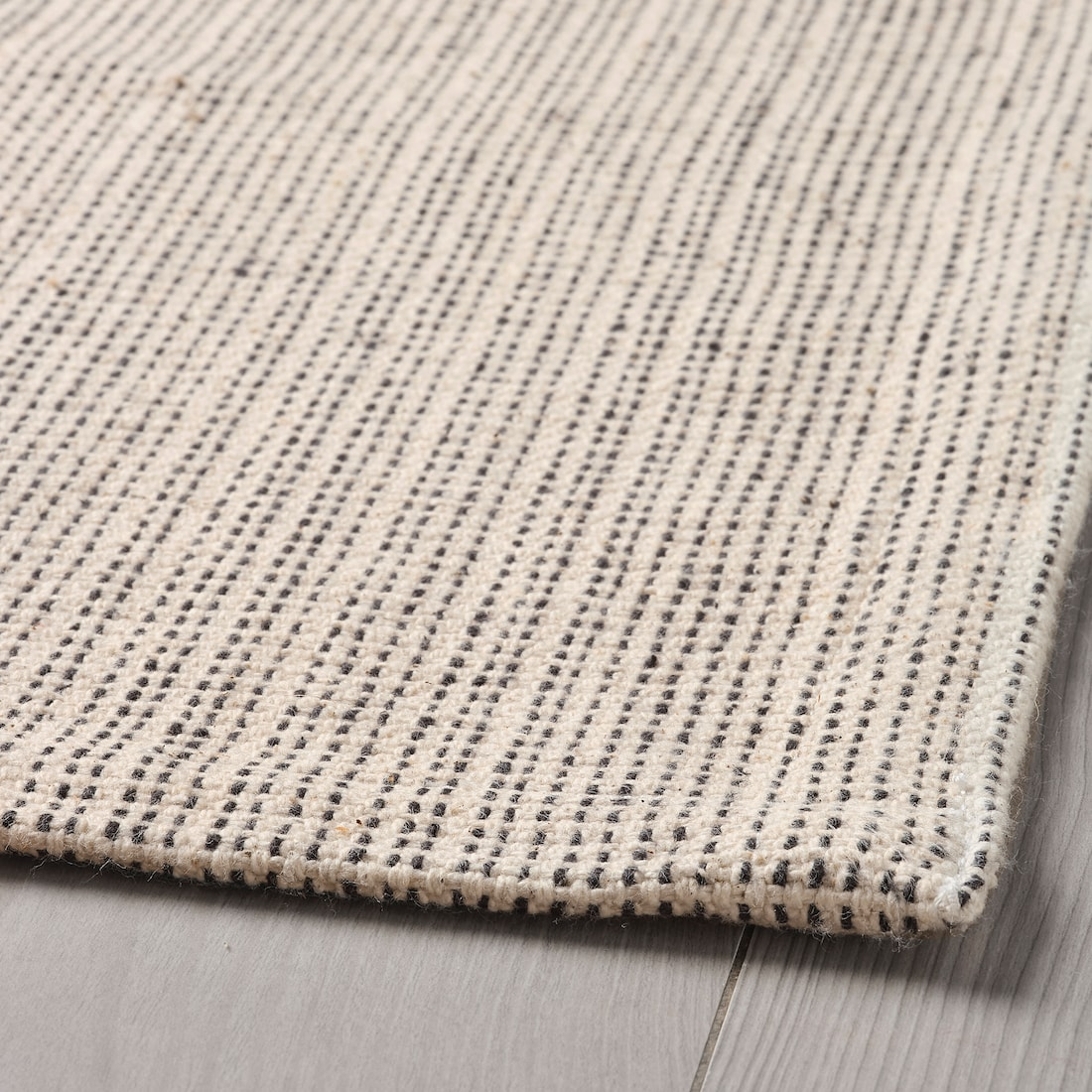 tiphede-rug-flatwoven-natural-off-white_