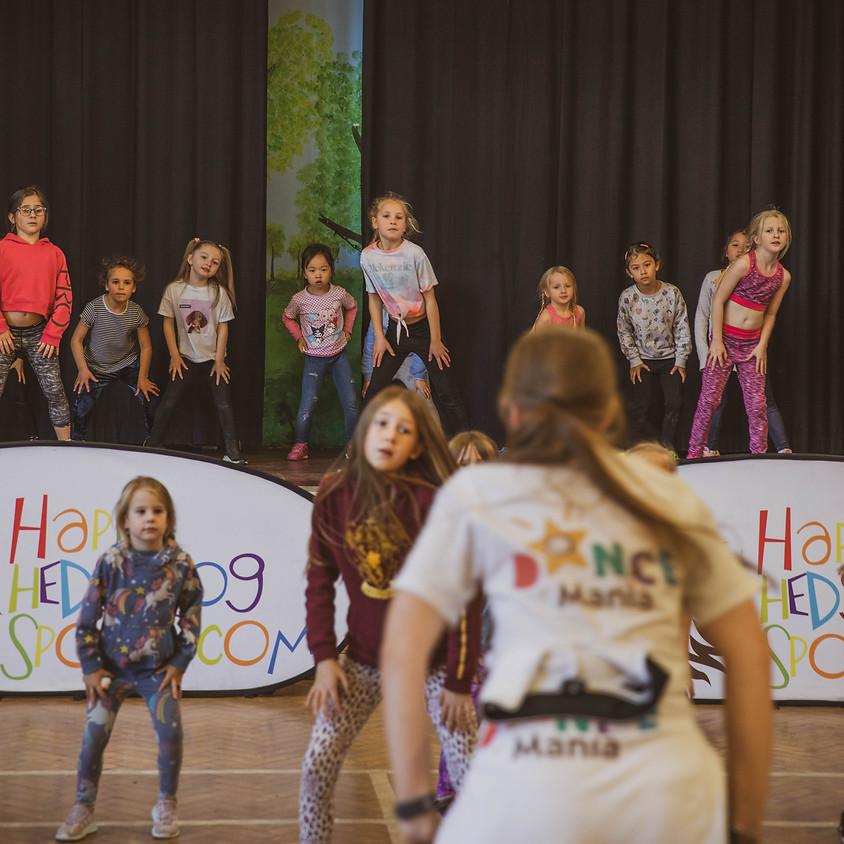 St Charles // Year 3 & Year 4 // Dance Mania