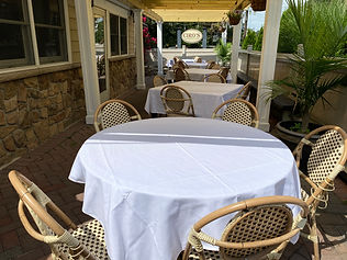 outdoor dining 2.JPG