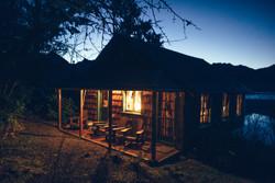 Cabin-washington-olympic-national-park-sunrise-lake-quinaul