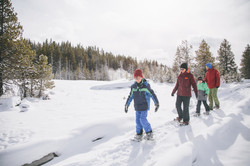 Jan15th-Tourism-SnowCoach-West Yellowstone-Hunter Day-0761