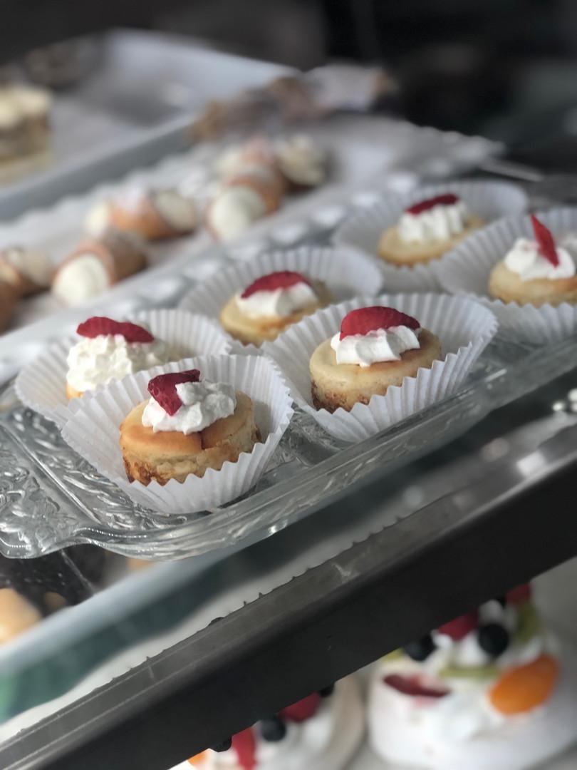 Petite Cheesecakes