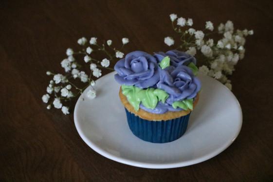 Vanilla decorated cupcake