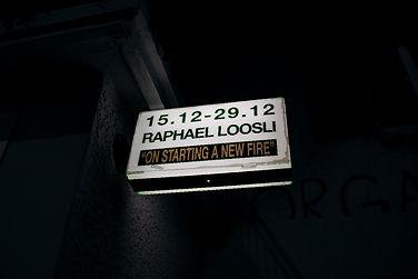 LOOS-schild2dark.jpg