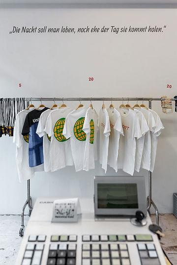 selling-sport-t-shirts.jpg