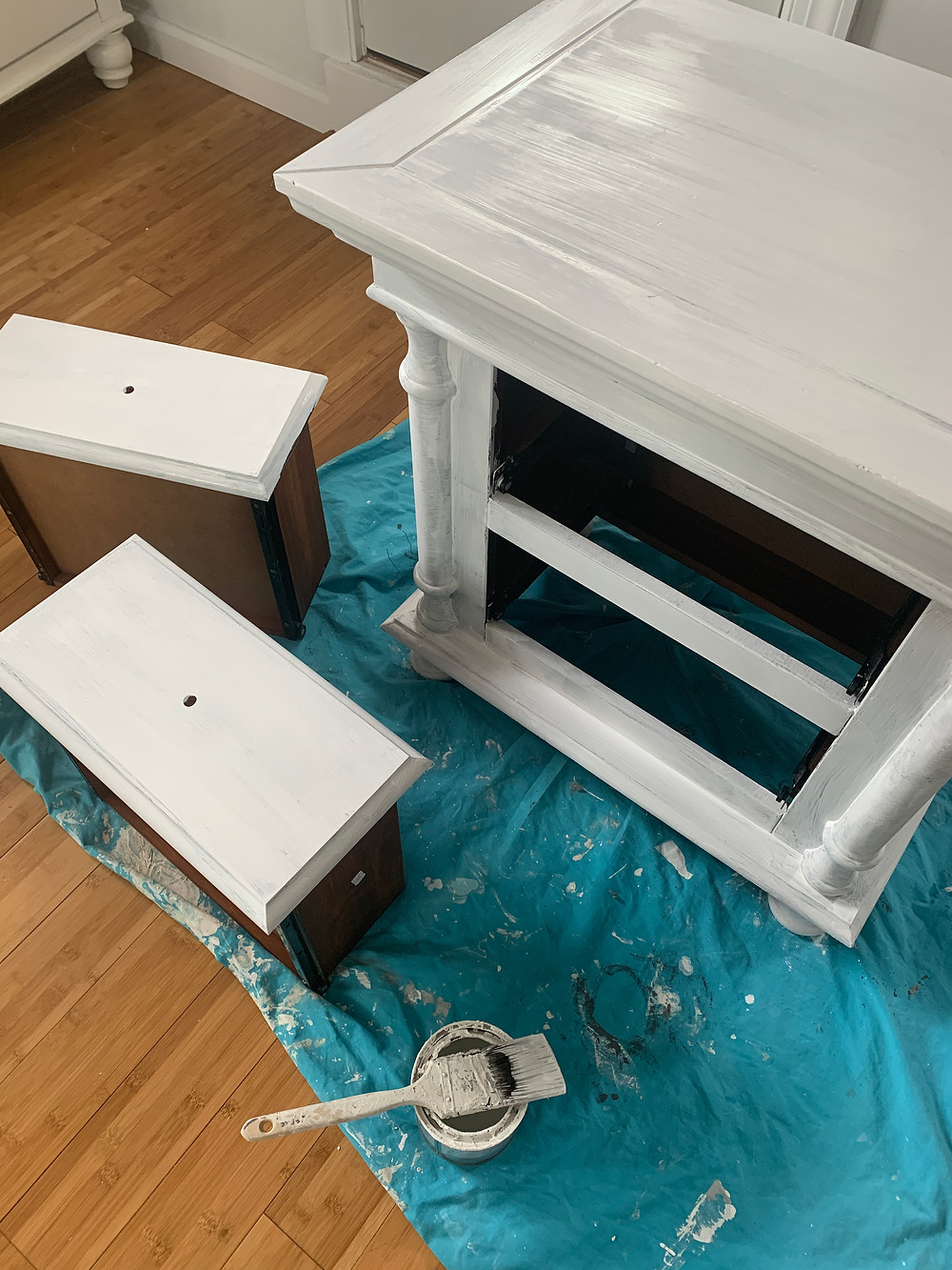 primed furniture before painting
