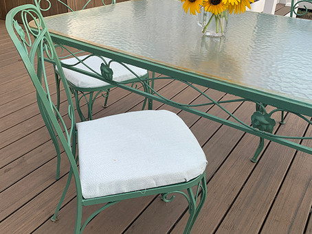 How To Repurpose An Old Patio Set