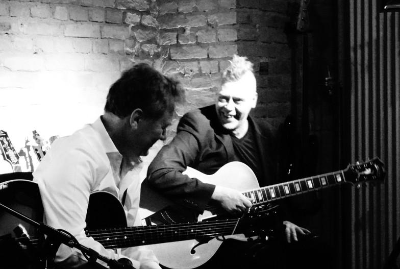 Gitarresque - GuitarTalk