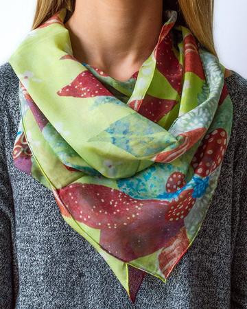 Autumn-Breeze-Scarf-Model_a4049443-960c-