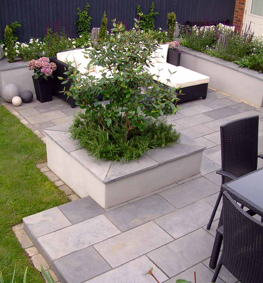 Contemporary Garden Aylesbury