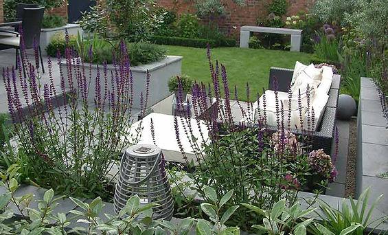 Letterbox water spout buckinghamshire Mark Langford Garden Design Buckinghamshire