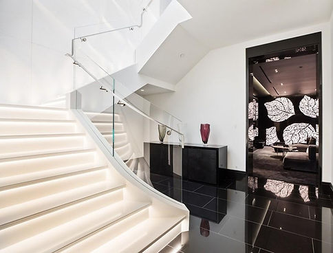 Modern entry staircase
