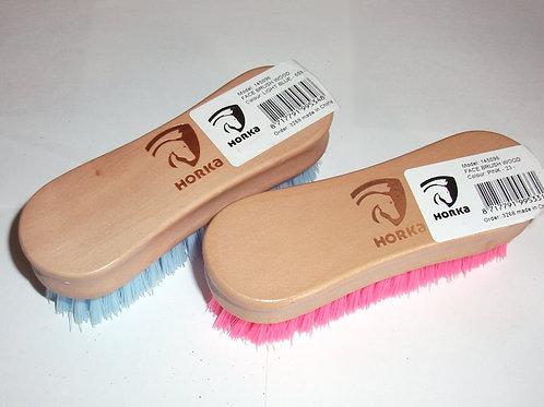 Horka Face Brush