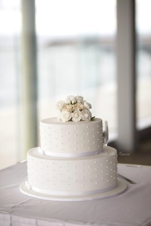 Beachside Wedding cake