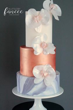Marble and metallics Wedding cake