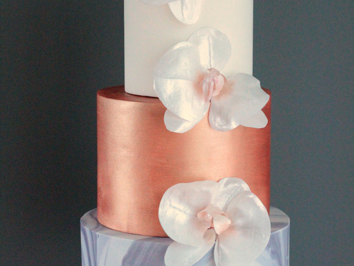Designing the Perfect Wedding Cake