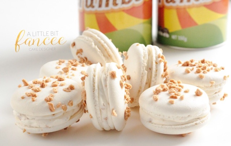 Golden Crunch Macaron - limited time