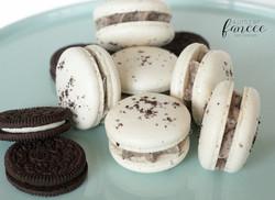 Cookies and Cream Macarons