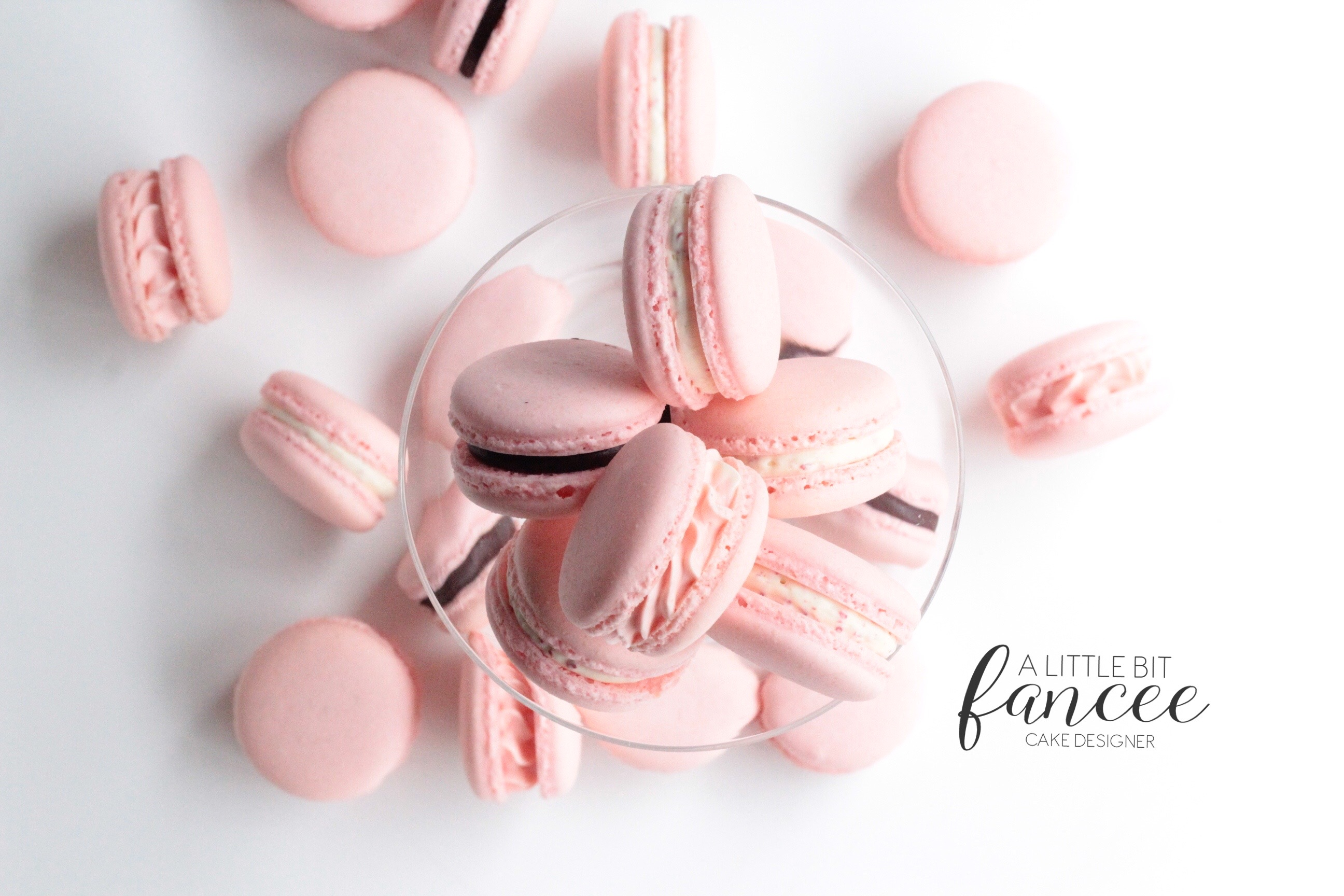 Strawberry & Chocolate Macarons