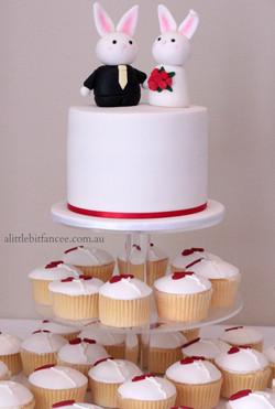 Carrot cake with lemon cupcake tower