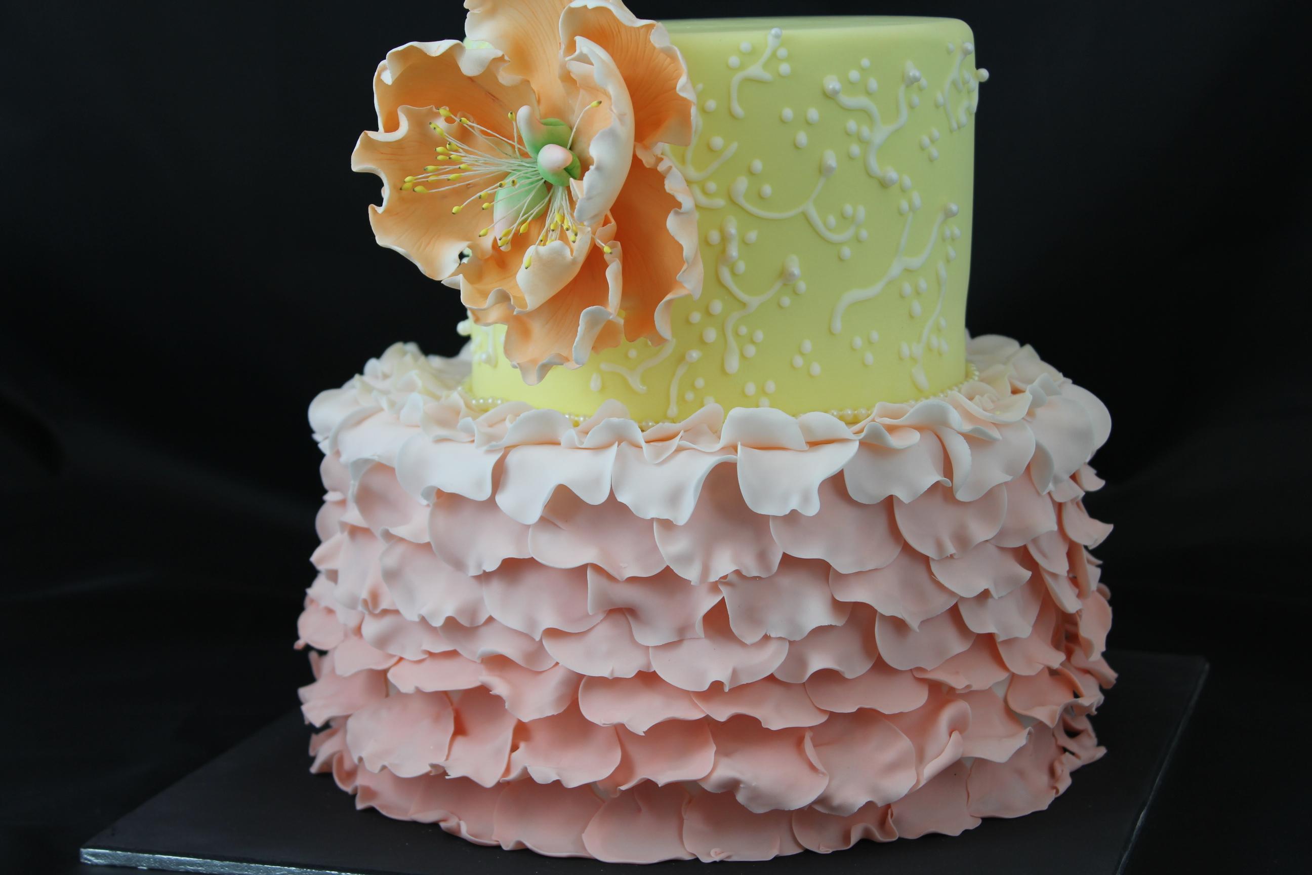 Ruffle petal cake