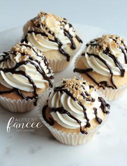 Vanilla and chocolate sundae