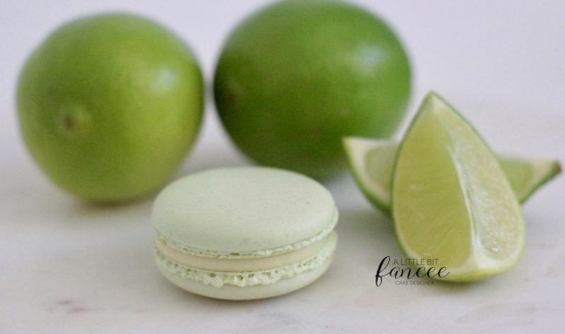 Lime macarons