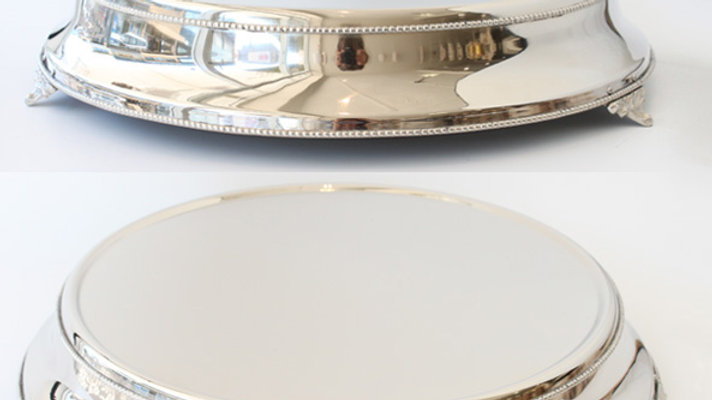 """18"""" round silver cake stand HIRE ONLY"""