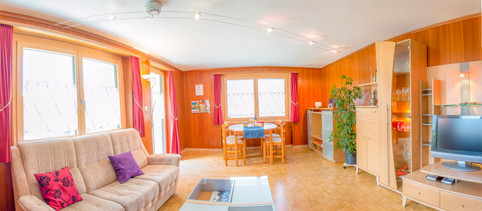Wohnzimmer (10).jpg